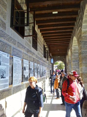 Diversos carteles informativos recogen la historia de este lugar.